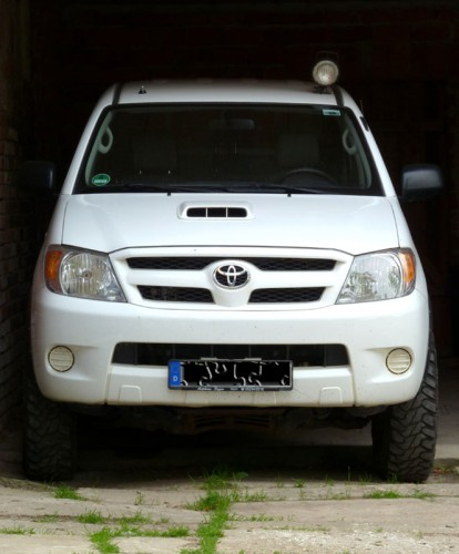 Hilux - Front.jpg