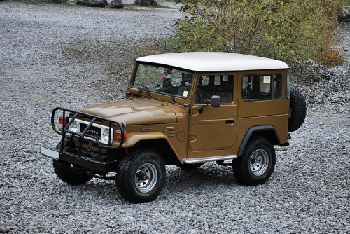 Land Cruiser BJ42.jpg