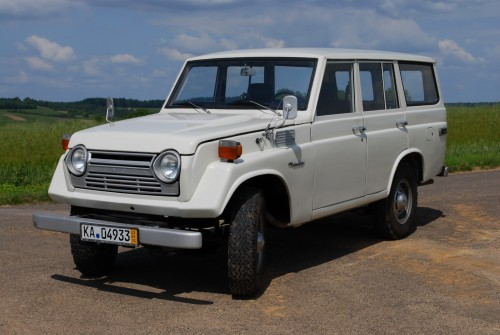 Land Cruiser FJ55.jpg